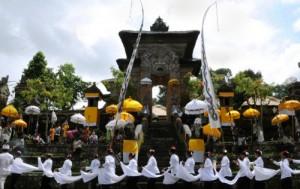 Samuan Tiga Temple, Bali
