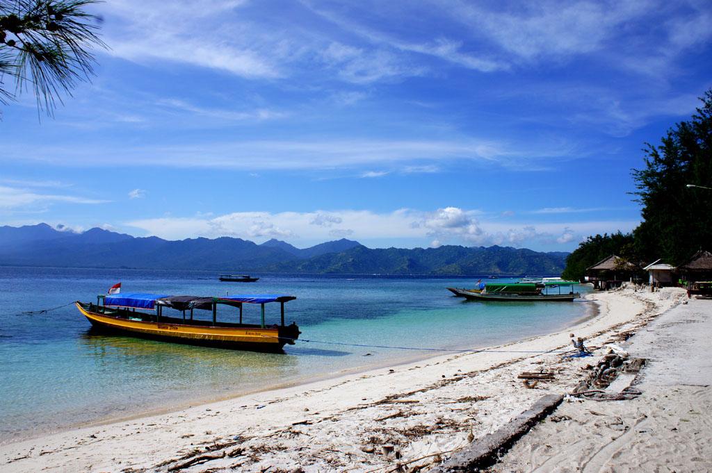 bali tourism board lombok gili islands. Black Bedroom Furniture Sets. Home Design Ideas